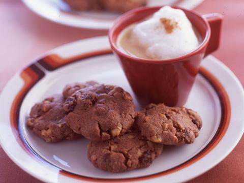 くるみとレーズンのココアクッキー